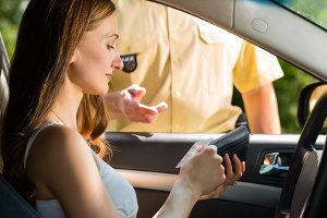 Abstandsmessungen können auch von den Beamten der Polizei durchgeführt werden.