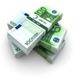 Zusätzlich zu den Bußgeldern müssen Betroffene auch im Bußgeldbescheid eingetragene Gebühren und Auslagen der Bußgeldstelle begleichen.