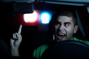 Einen konkreten Bußgeldkatalog für eine Beleidigung im Straßenverkehr gibt es nicht.