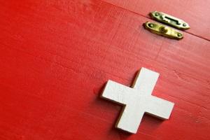 Erste-Hilfe-Maßnahmen können bei einem Unfall Leben retten.