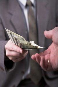 Möchten Sie ein Fahrverbot umwandeln in eine höhere Geldbuße, gibt es keine einheitliche Summe.