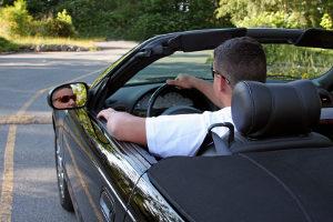 Fragen im MPU-Test zielen auf das Fahrverhalten ab.