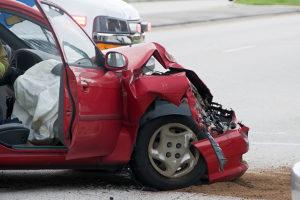 Ein Führerscheinentzug oder ein Fahrverbot droht z. B. nach einer  Fahrerflucht.