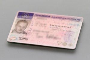 Führerscheinentzug: Acht Punkte auf dem Punktekonto bedeutet, dass die Fahrerlaubnis erst einmal weg ist.
