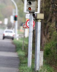 Wieso wird für die rote Ampel 2-mal geblitzt?
