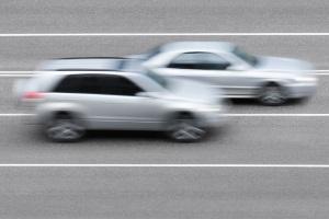Der Seitenabstand beim Überholen ist vom betreffenden Fahrer selbst abzuschätzen.